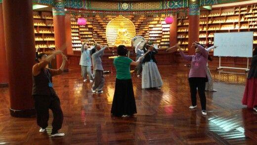 Dharma drum dance lesson.