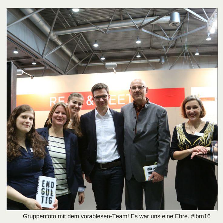 #Gruppenfoto mit dem #vorablesen-Team, Andreas Pflüger und seinem Lektor! #Buchmesse