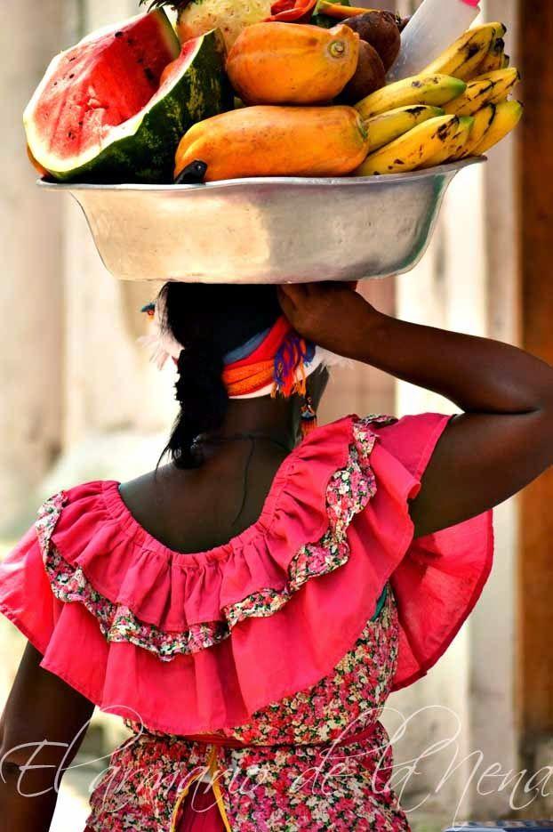 Cartagena de Indias, COLOMBIA. Palenquera