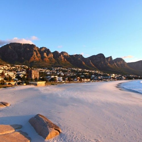 Share the city! Cape Town is a naturally beautiful city that offers spectacular mountains, the point where the Atlantic and Indian Oceans meet, a unique floral kingdom, wildlife experiences, glorious wine farms, gourmet food, a moderate climate year-round, superb beaches, historical islands and so much more. Learn more and choose your favourite holiday featuring the city >>