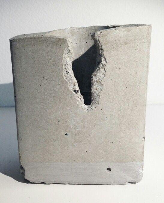 Betonový svícen fler.cz/betongarden