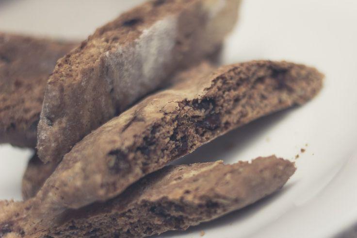 http://odjechani.com/2014/10/28/biscotti-czekoladowe-paula-hollywooda/