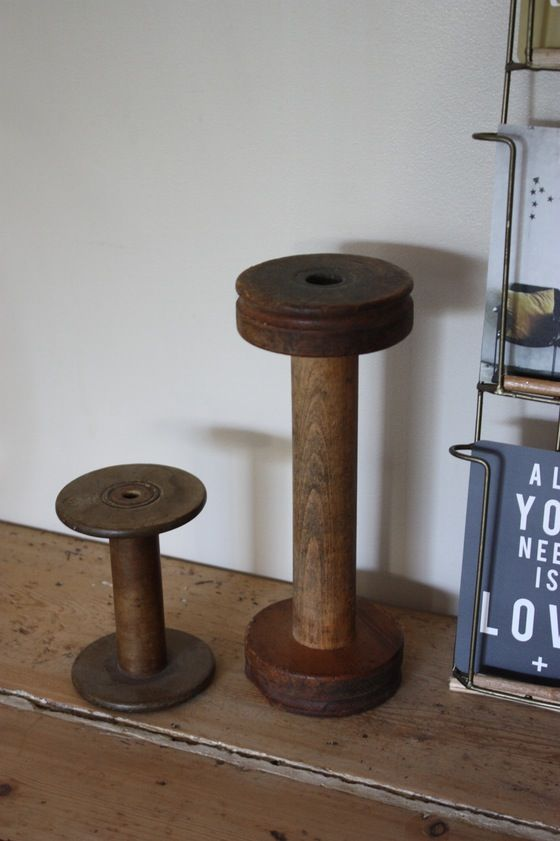Image of Anciennes bobines de filature.