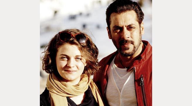 Mumbai: Bollywood star Salman Khan is currently shooting for his next film, Tiger Zinda Hai, opposite Katrina Kaif and pictures from the sets keep appearing online. The latest picture from the sets of this Abbas Ali Zafar film, however, has shocked and surprised his fans. Salman is seen posing...