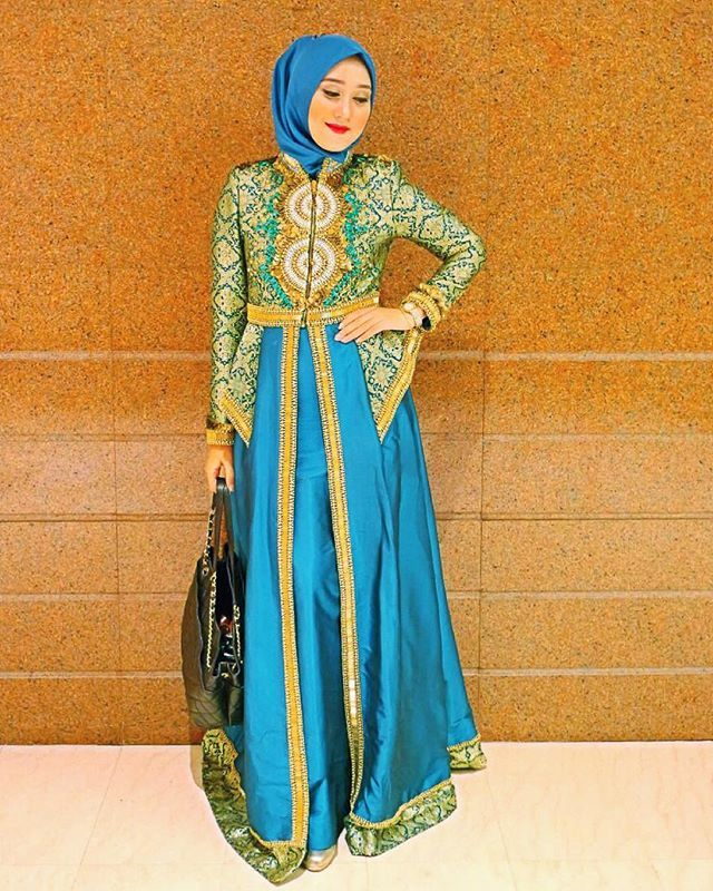 What I wore to #WIEF2015 gala dinner from @dianpelangicom Still with Indonesian touch : Songket Palembang ✨ satin scarf from @hijabellove ✨