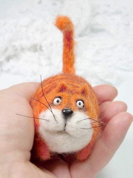 needle felted cat http://www.bearpile.com/item/106908