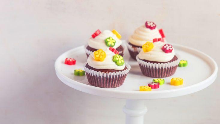 Fotorecept: Kvetinové čokoládové cupcakes
