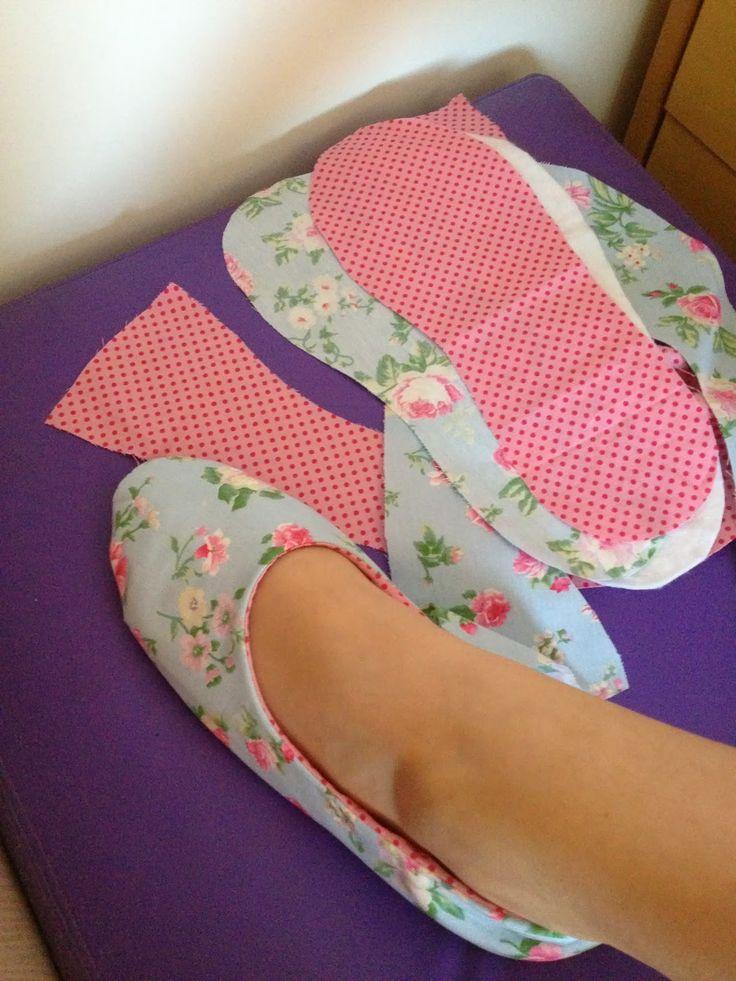 *VALEN PATCH*: Racionamento de Sapato . Sapato/pantufa em tecido.
