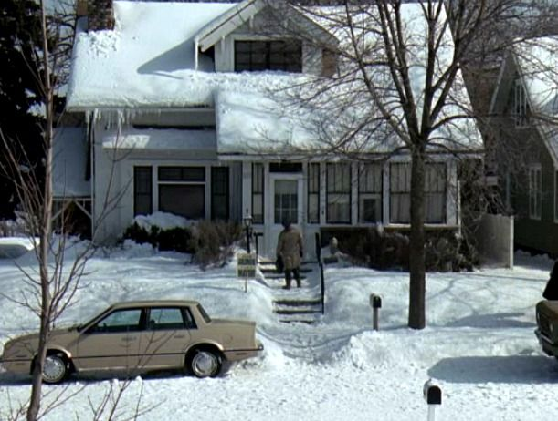 17 best ideas about grumpy old men bulldogs old grumpy old men movie house exterior 1