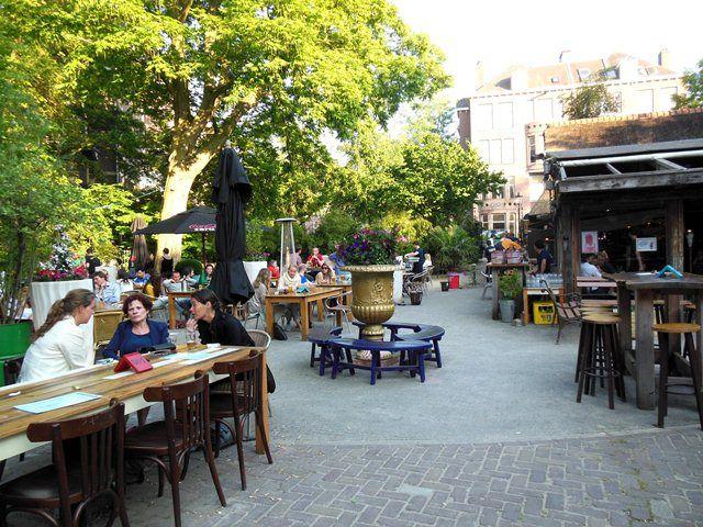 Neighbourhood Favourite: drinks @ Vondeltuin Amsterdam: relaxed cafe at the Vondelpark in Amsterdam Oud-Zuid