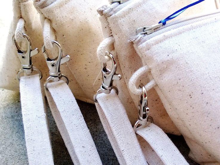 Il nostro più recente frizione borsa, tra cui lino e pizzo. Questa inserzione è per un set di 6 frizioni e si otterrà uno gratis, per un totale di 7