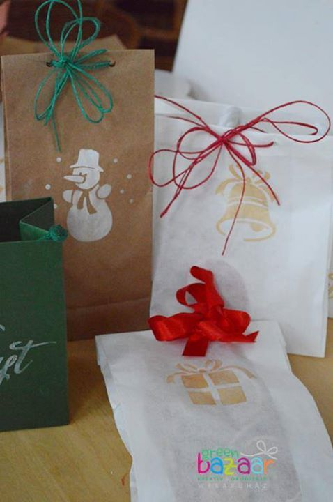christmas wrapping stencil