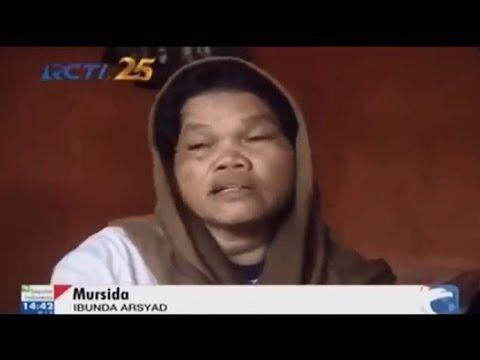 Ibu Penjual Sate Bersujud Mohon ampun kepada Jokowi
