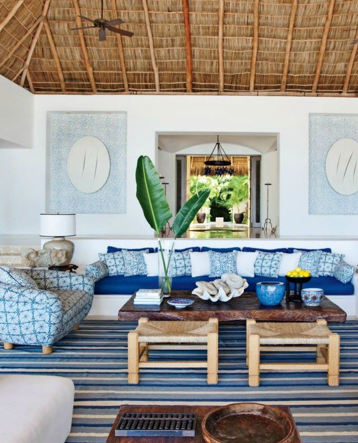 Luxurious and big living room in beach house style