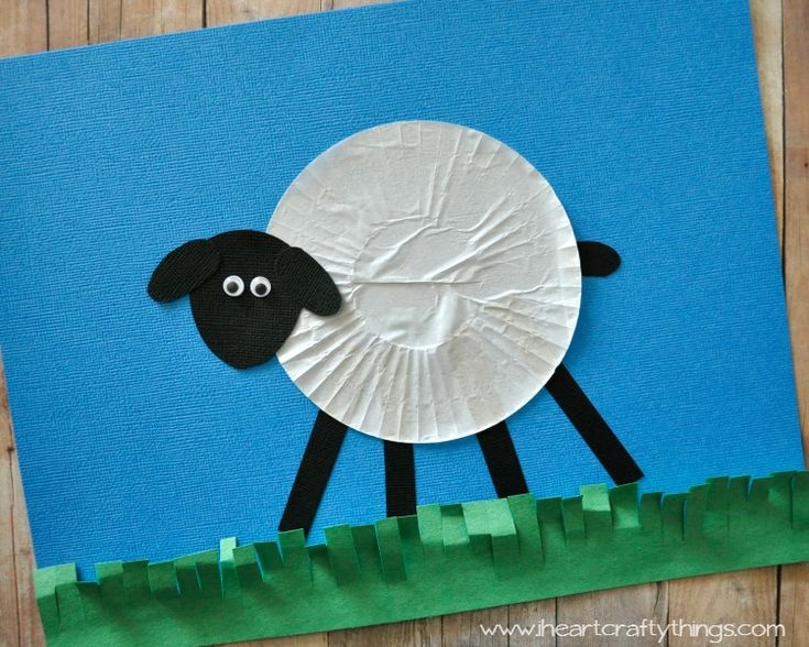 I HEART CRAFTY THINGS: Cupcake Liner Sheep Craft for Kids