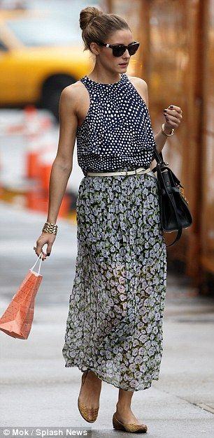 pretty mix of patterns for summer street style