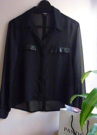 Kup mój przedmiot na #vintedpl http://www.vinted.pl/damska-odziez/koszule/17269345-koszula-czarna-mgielka-skorzane-elementy-m
