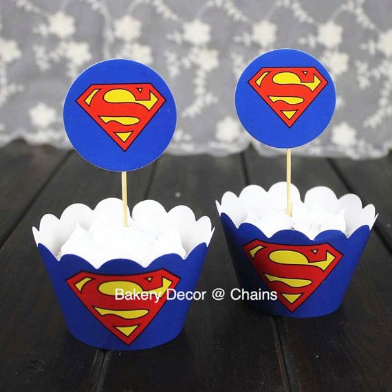 Superman Cupcake Wrapper & Superman Cupcake by ChainsJewelry