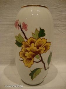 Hollóházi porcelán váza