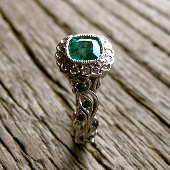 Exquisite Emerald Engagement Ring in 14K White Gold with Diamonds in Flower  Buds & Leafs on Vine Design Size 6