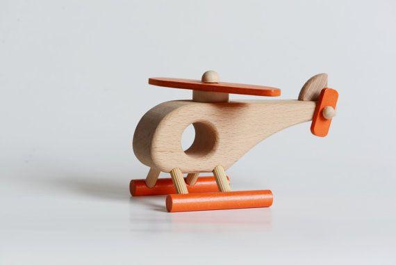 Helicóptero de madera juguetes de madera naturales por Tuktuktoys