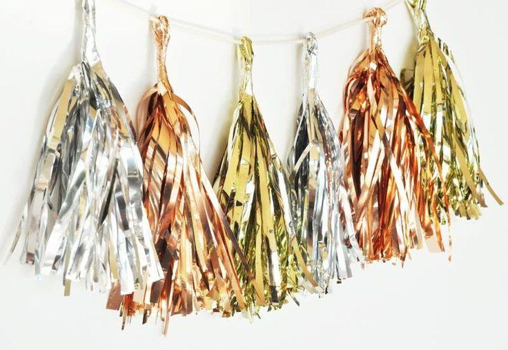 Metallic Mini Tassels (set of 18) | BirdsParty.com