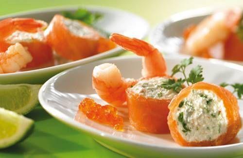 """750g vous propose la recette """"Scampis et saumon farci au crabe et Philadelphia"""" notée 5/5 par 1 votants."""