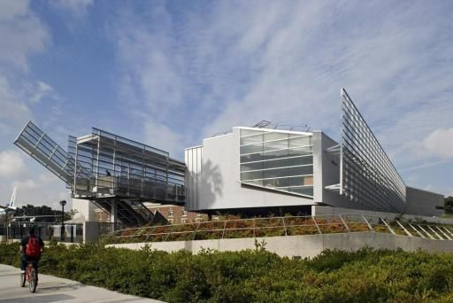 T. Alexander science center school by Morphosis
