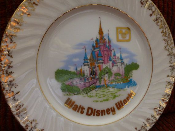 Disney Collectible Plate  9  Gold Trimmed Wall by ChicAvantGarde, $11.00