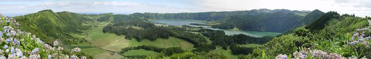 Sete Cidades (panorama) - Azores - Wikipedia, the free encyclopedia
