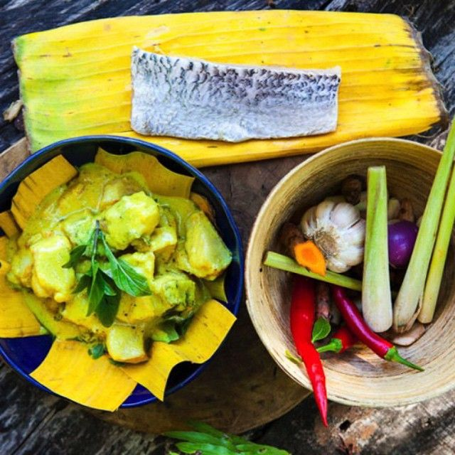 Ah, it's Friday and we're already planning our evening…#CurryNight with friends! We'll be making #FishAmok, as taught to us at the magnificent @songsaaprivateisland, to take us back to the culinary mecca that is Cambodia. Make sure to use a firm fish that is sustainable, fresh & organic.  Find the recipe for this tasty dish on hemsleyandhemsley.com #TheArtOfEatingWell #HappyFriday #SongSaa