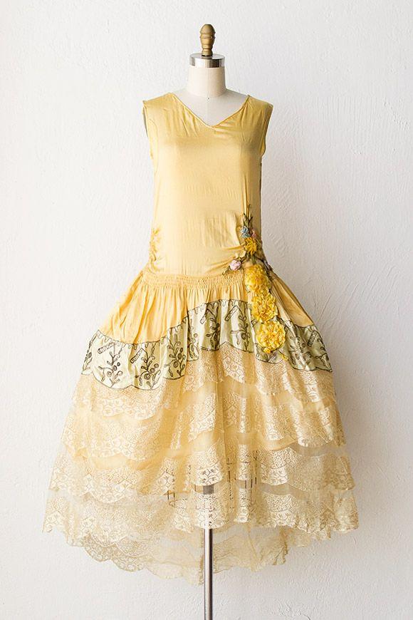 Be still my beating heart!!   vintage 1920s gold silk floral flapper dress $1200 adoredvintage.com