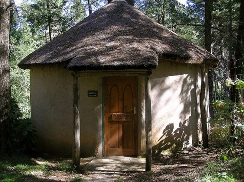 Hogsback Library is located in a tiny mountain village in the Eastern Cape province in South Africa. Almost entirely run by volunteers, Hogsback Library is believed to be the smallest library in the world.    Photo courtesy Valerie Hinojosa