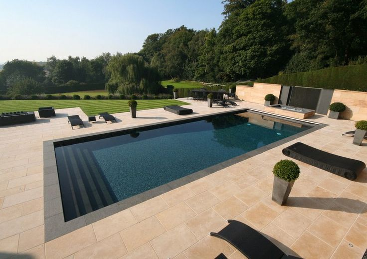 Outdoor Pools and Spa
