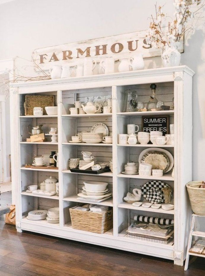 Farmhouse Decor In 2020 Vintage House Farmhouse Shelves Farmhouse Homes
