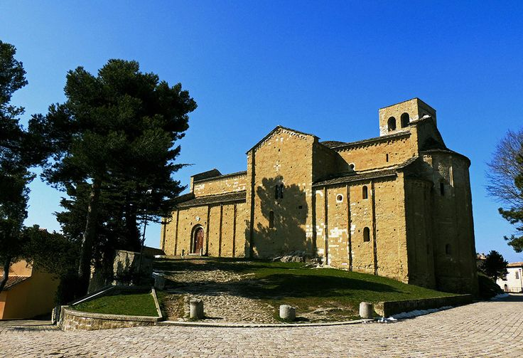 TOURISM in The Marches Region – ITALY - SAN LEO - Cattedrale di San Leone - © Copyright Photo Piero Evandri - www.italiamarche.com