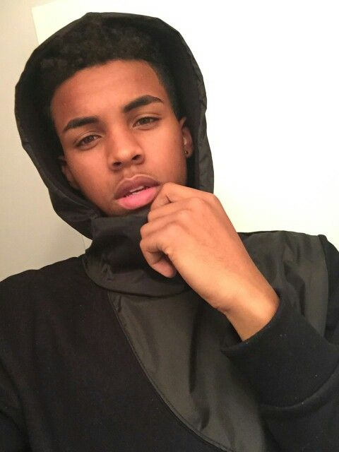 128 Best Light Skin Boys Images On Pinterest  Black Man, Cute Guys And Girls-7257
