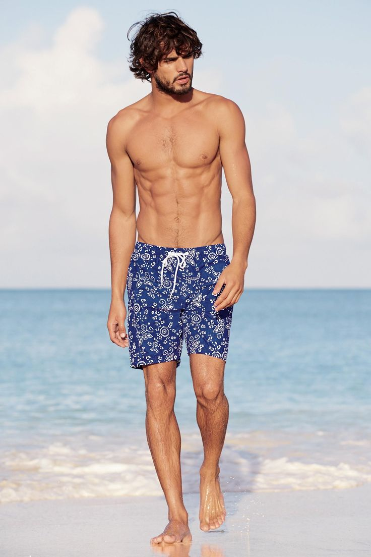 Marlon-Teixeira-Next-Summer-2015-Mens-Beach-Style-Shoot-002