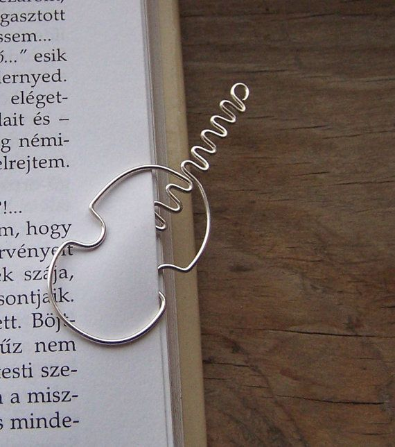 Violin wire bookmark by TuranianWalk on Etsy