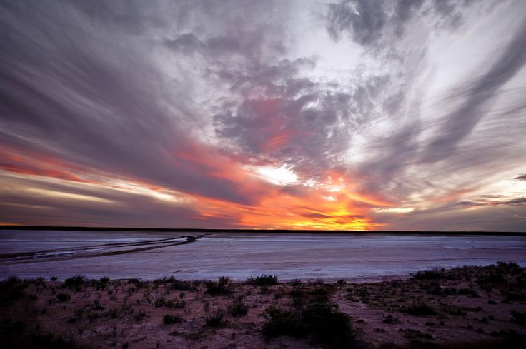 https://flic.kr/p/tLSjEF | Sunset WAA line | The track across the salt pan was treacherous, we camped on the edge of it for the night and watched the sunset :)   Simpson Desert outback australia