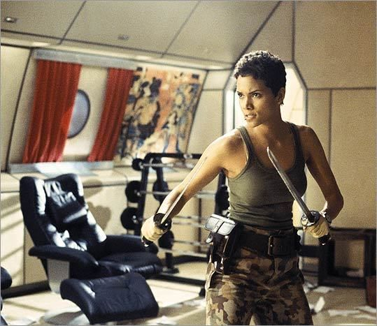 Jinx - Halle Berry - James Bond 007 - Die Another Day 2002
