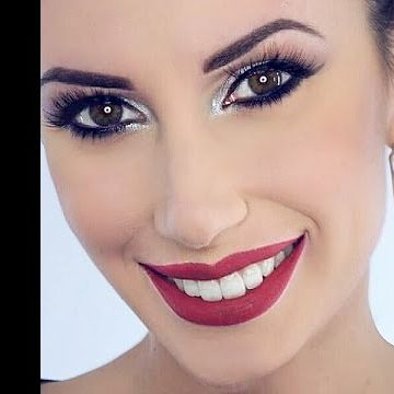 "<3 ONLINE NEW MAKE-UP TUTORIAL <3 --------------------------------- Iscriviti al mio canale!  Instagram → http://instagram.com/silviafederici_mua Facebook → https://www.facebook.com/SilviaFedericiMake-upArtist -------------------------------- PRODUCT LIST & DETAILS M O D E L   E L E O N O R A   --------- FACE MAC Cosmetics ‣ Prolongwear foundation NC 20 NYX Cosmetics Italy ‣ Full Coverage ""Orange"" NYXCosmetics‣ HD Concealer ""Yellow"" NYX-Makeup‣ Contour palette  catrice ‣ Prime and fine…"