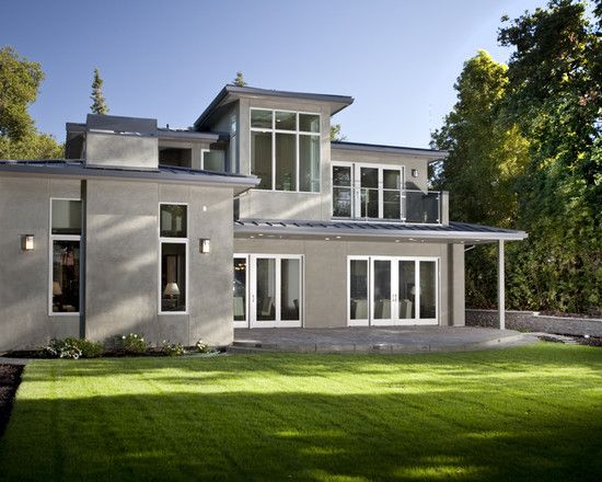 Light grey stucco with white windows no trim exteriors for Modern stucco house