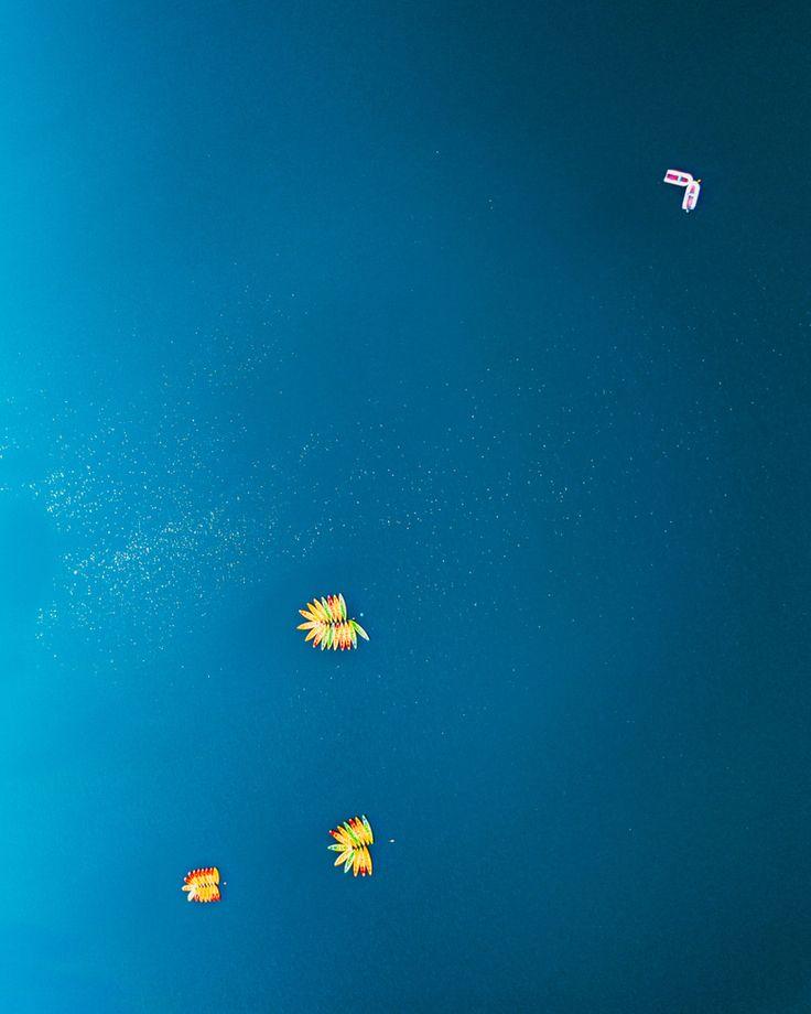 "306 mentions J'aime, 6 commentaires - DEFTOM (@deftom_filmaker) sur Instagram: ""Some Canoes set up like flowers🌼 . . . . #dronegear #aerialphotography #gofly #godive #drone #dji…"""