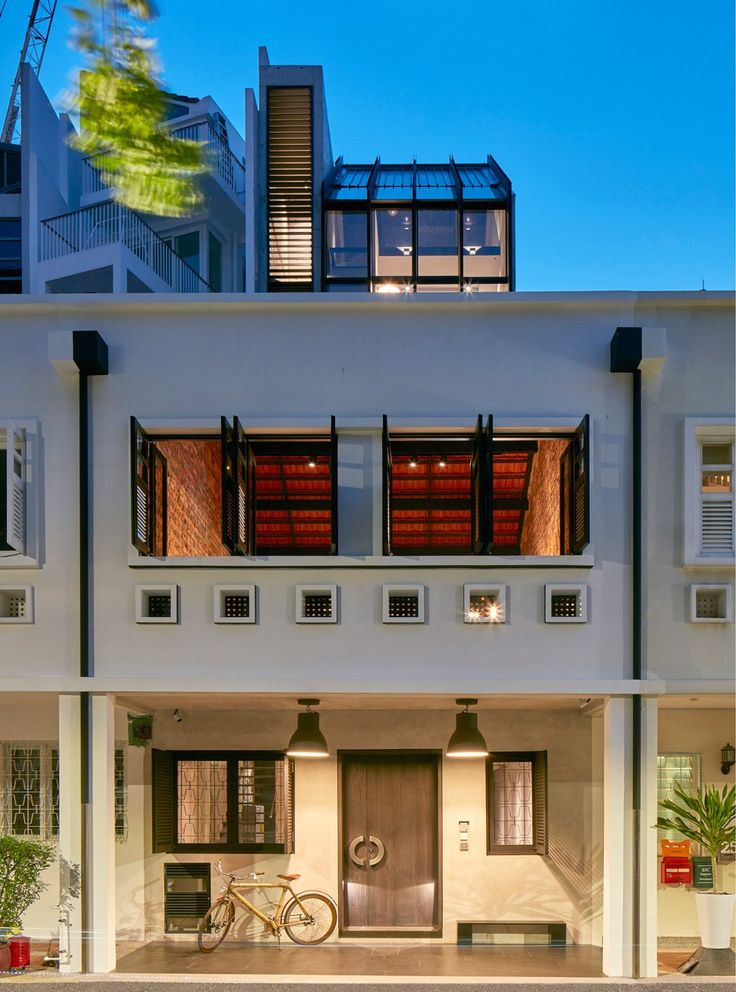 WOW Architects opens art and design venue in converted Singapore shophouse