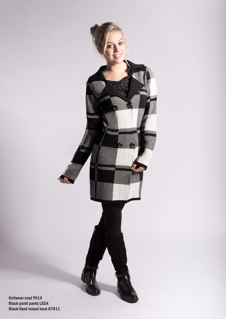 YH14 black and white Knitwear coat