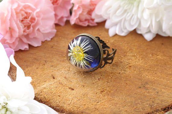 Real daisy ring