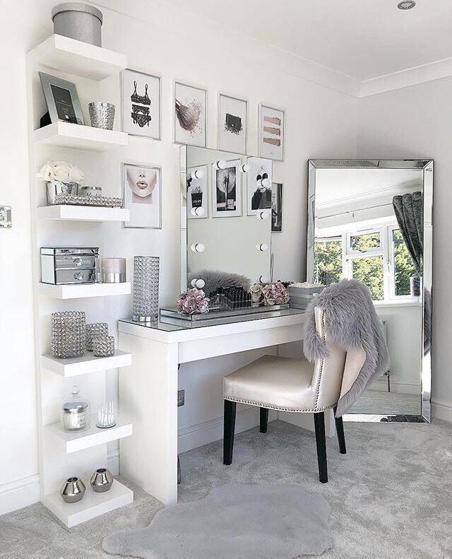 Vanity Mirror With Desk Lights In 2020 Stylish Bedroom Dressing Room Design Vanity Decor