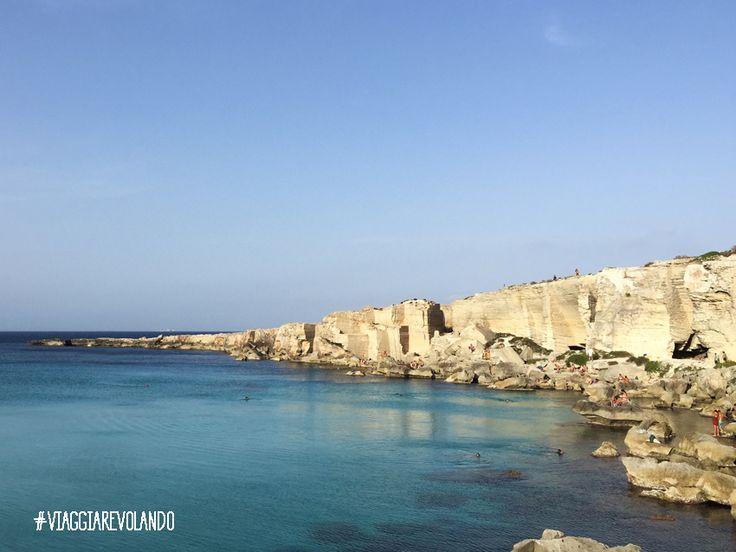 La Sicilia è una regione meravigliosa che unisce storia e cultura con paesaggi e spiagge mozzafiato, famosa per il suo mare, il cibo delizioso e l'ospitalità dei suoi abitanti, è sicuramente una de...