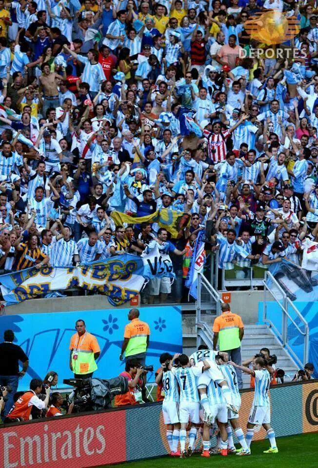 Impresionante la aficion argentina.
